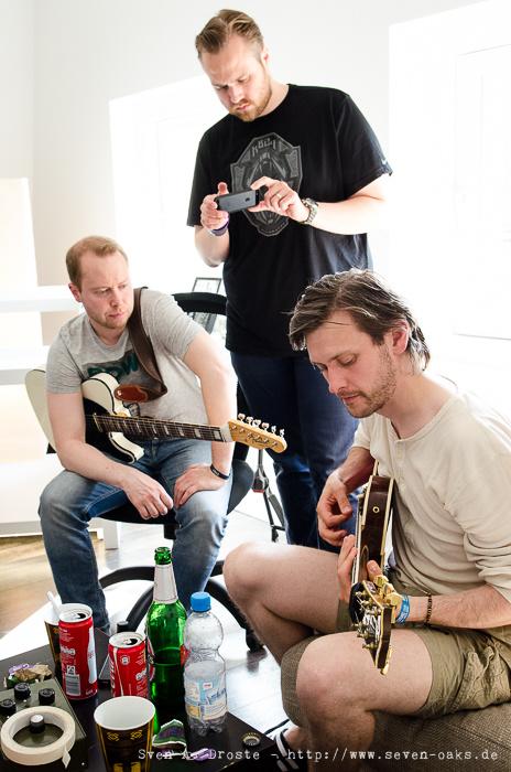 Jón Bjarni Pétursson, Haukur Heiðar Hauksson & Skúli Gestsson / Dikta ( Recording Session im Studio mit Sky van Hoff)