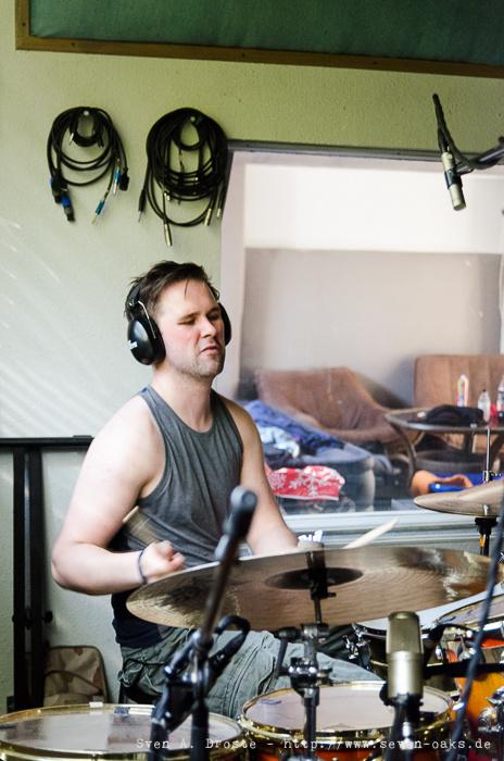 Jón Þór Sigurðsson / Dikta ( Recording Session im Studio mit Sky van Hoff)